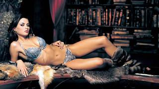 hd wallpaper com a menina groomed impecável legal em lingerie rendada.