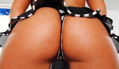 Sexy Girls geben Pornovids frei